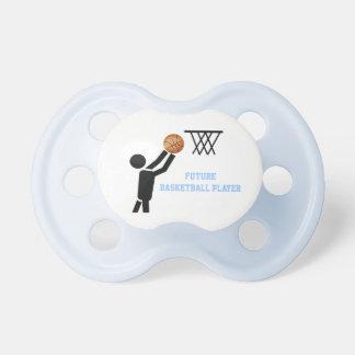Jugador de básquet futuro con personalizado de la chupete de bebé