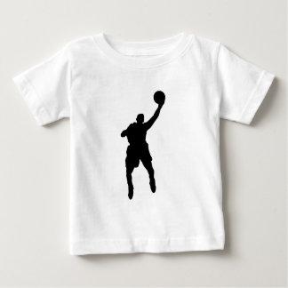 Jugador de básquet playera de bebé