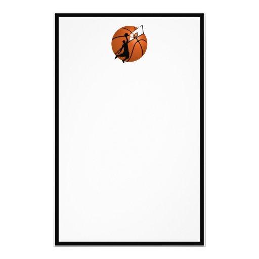 Jugador de básquet w/Hoop de la clavada en bola Papeleria De Diseño
