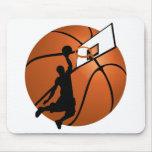 Jugador de básquet w/Hoop de la clavada en bola Tapete De Raton