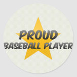 Jugador de béisbol orgulloso etiquetas redondas
