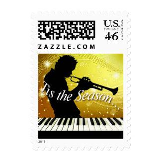 Jugador de cuerno del jazz Tis el amarillo de la e