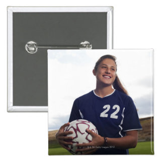 jugador de fútbol adolescente del chica que pin cuadrado