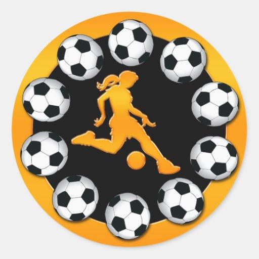 Jugador de fútbol de la mujer del oro pegatina redonda