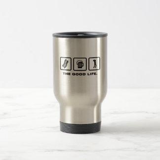 Jugador de la armónica taza de café