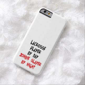 Jugador de LaCrosse del asesino del zombi Funda Para iPhone 6 Barely There