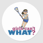Jugador de LaCrosse del chica en azul Pegatina Redonda