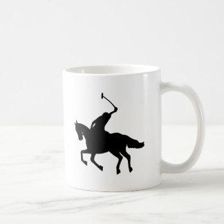 Jugador de polo a caballo. taza