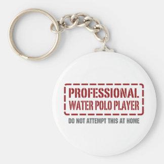 Jugador de polo profesional del agua llavero redondo tipo pin