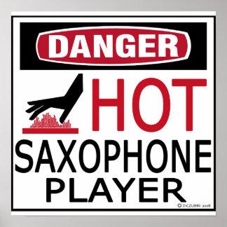 Jugador de saxofón caliente póster