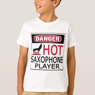 Jugador de saxofón caliente remeras