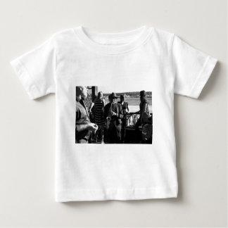 Jugador de saxofón camisas