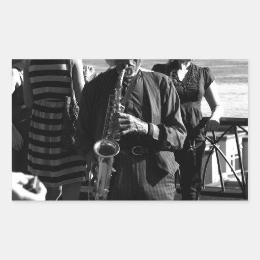 Jugador de saxofón rectangular pegatina