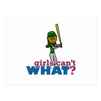 Jugador de softball del chica en verde tarjeta postal