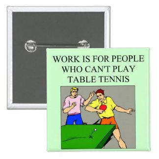 jugador de tenis de mesa pin cuadrado