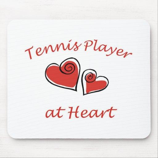 Jugador de tenis en el corazón alfombrilla de ratones