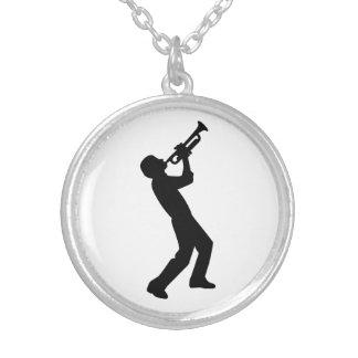 Jugador de trompeta collar personalizado