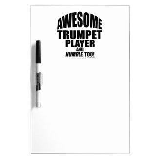 Jugador de trompeta impresionante pizarras blancas de calidad