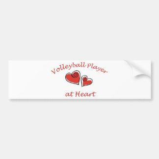 Jugador de voleibol en el corazón etiqueta de parachoque