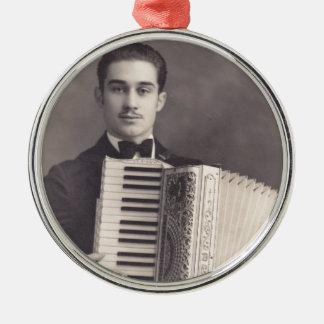 Jugador del acordeón del vintage adorno navideño redondo de metal
