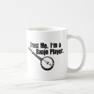 Jugador del banjo taza de café