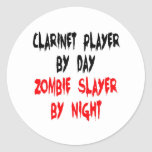 Jugador del Clarinet del asesino del zombi Etiquetas Redondas