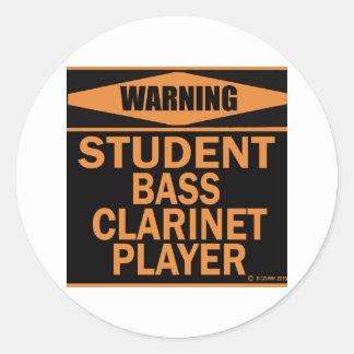 Jugador del clarinete bajo del estudiante pegatina redonda