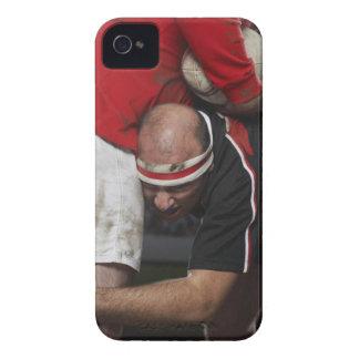 Jugador del rugbi que clava al opositor con iPhone 4 carcasas
