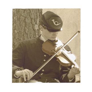 Jugador del violín de la guerra civil blocs de notas