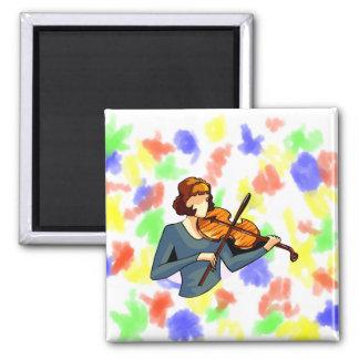 Jugador femenino abstracto del violín en imagen az imanes de nevera