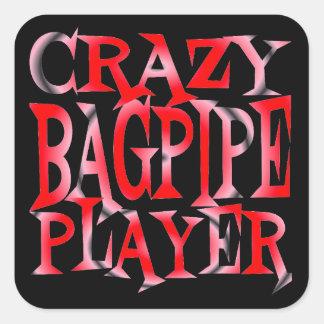 Jugador loco de la gaita en rojo pegatina cuadrada