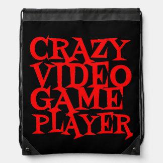 Jugador loco del videojuego mochila