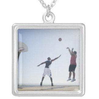 Jugadores de básquet 3 collar personalizado