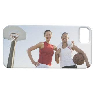 Jugadores de básquet 4 iPhone 5 carcasas