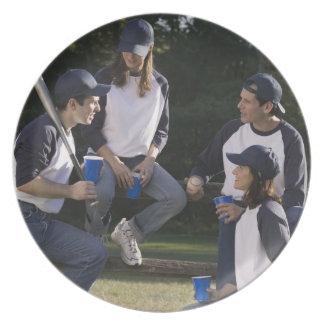 Jugadores de béisbol plato