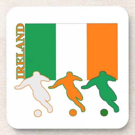 Jugadores de fútbol irlandeses posavaso