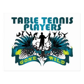 Jugadores de tenis de mesa idos salvajes postales