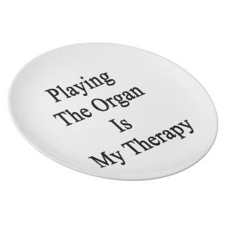 Jugar el órgano es mi terapia platos