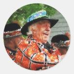 Jugar el Ukulele en el desfile Pegatinas Redondas