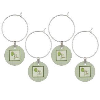 Jugo verde oliva identificador de copa