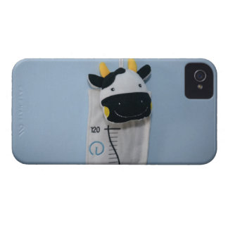 Juguete feliz de la vaca iPhone 4 Case-Mate fundas