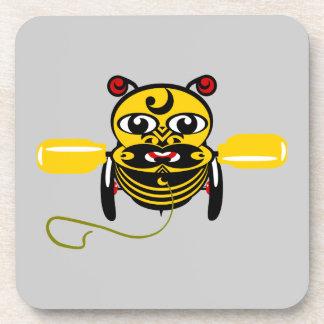 Juguete Kiwiana de la abeja de Hei Tiki Posavasos De Bebidas