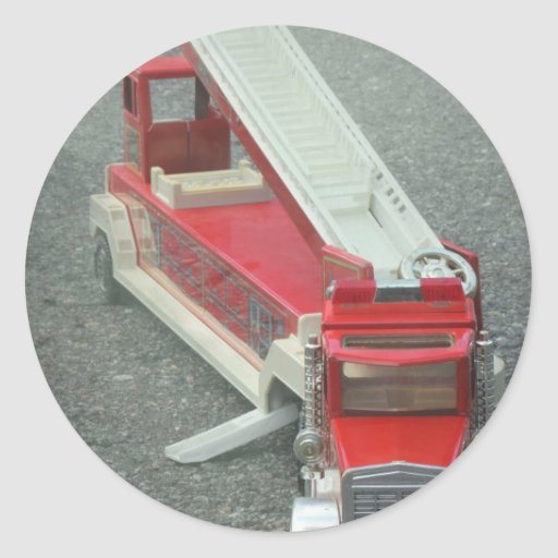 Juguete rojo del coche de bomberos del vintage pegatina redonda