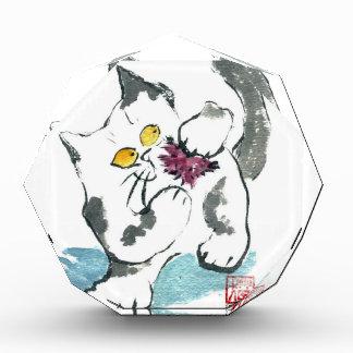 Juguete y gatito, Sumi-e del hilado