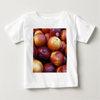 Juicy Red apples T Shirt