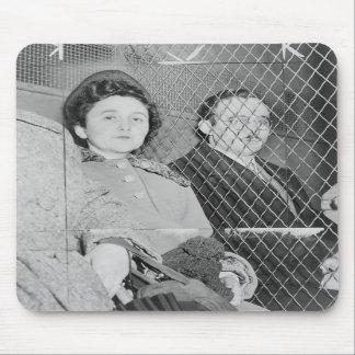 Julius & Ethel Rosenberg After Being Found Guilty Mousepads