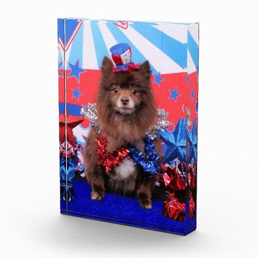 July 4th - Pomeranian - Fred Acrylic Award