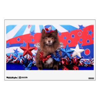 July 4th - Pomeranian - Fred Wall Decor