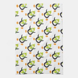Jumping Cartoon Penguin Pattern Towel