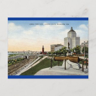 Juneau Park Milwaukee Wisconsin Vintage postcard